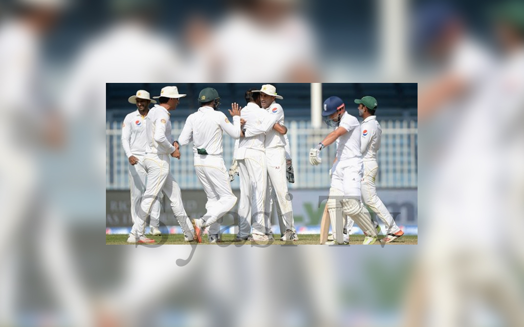 Pakistan moved up to 2nd in the ICC Test rankings